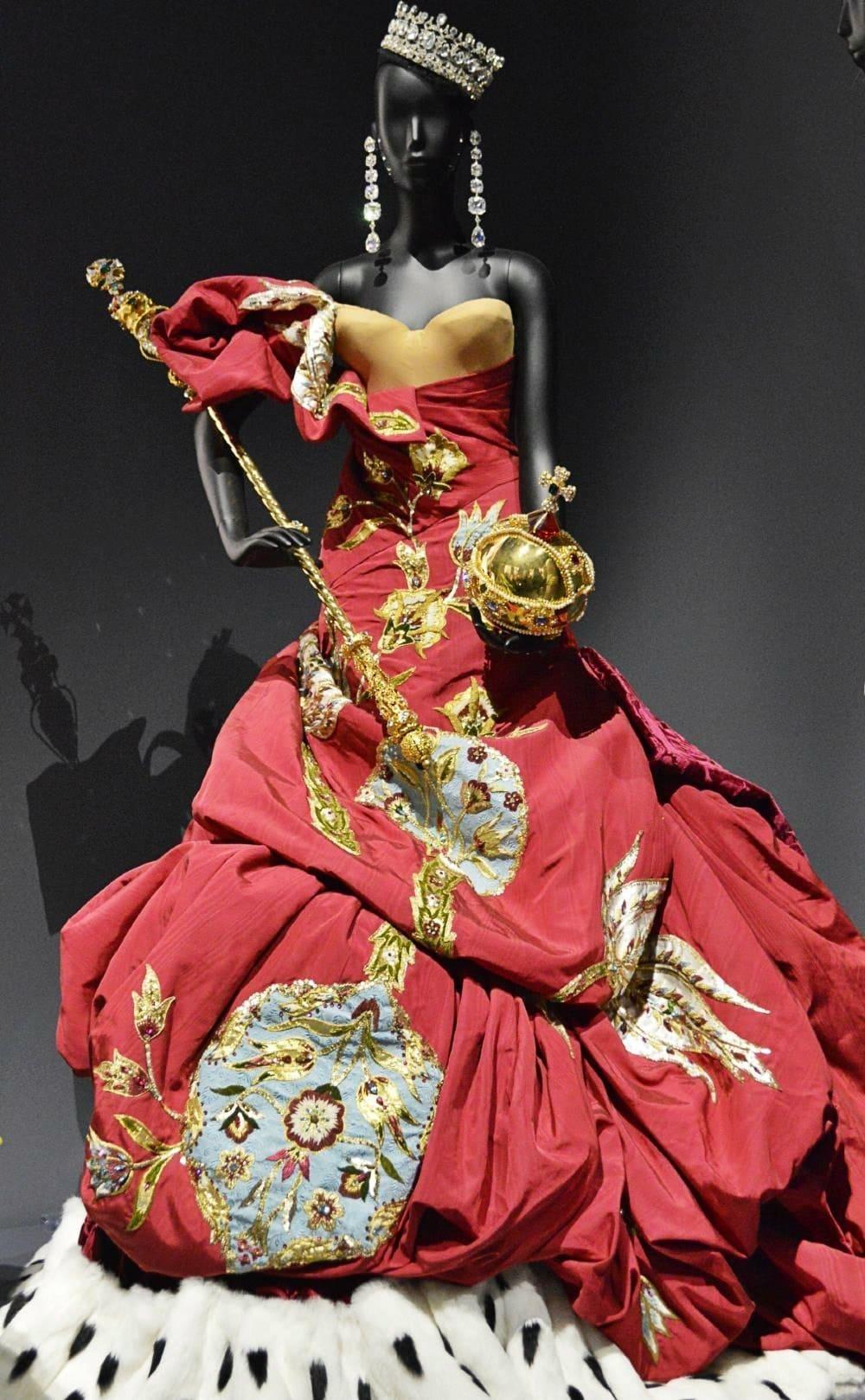 John Galliano Dior creation.jpg