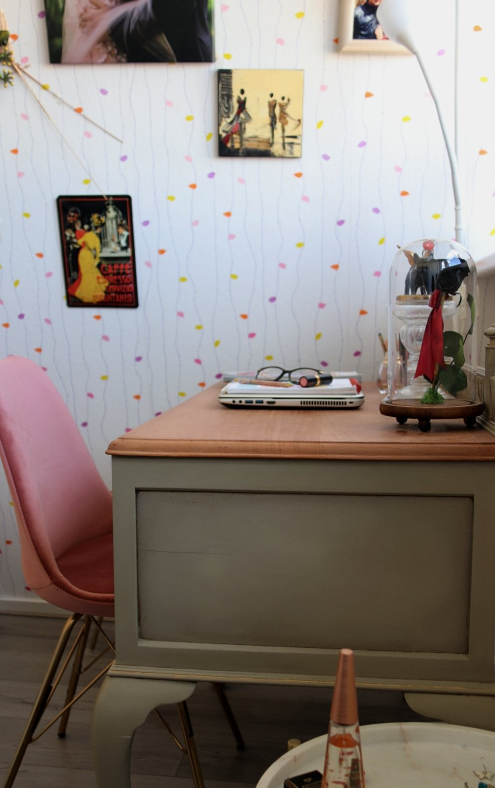 work from home space feminine artistic