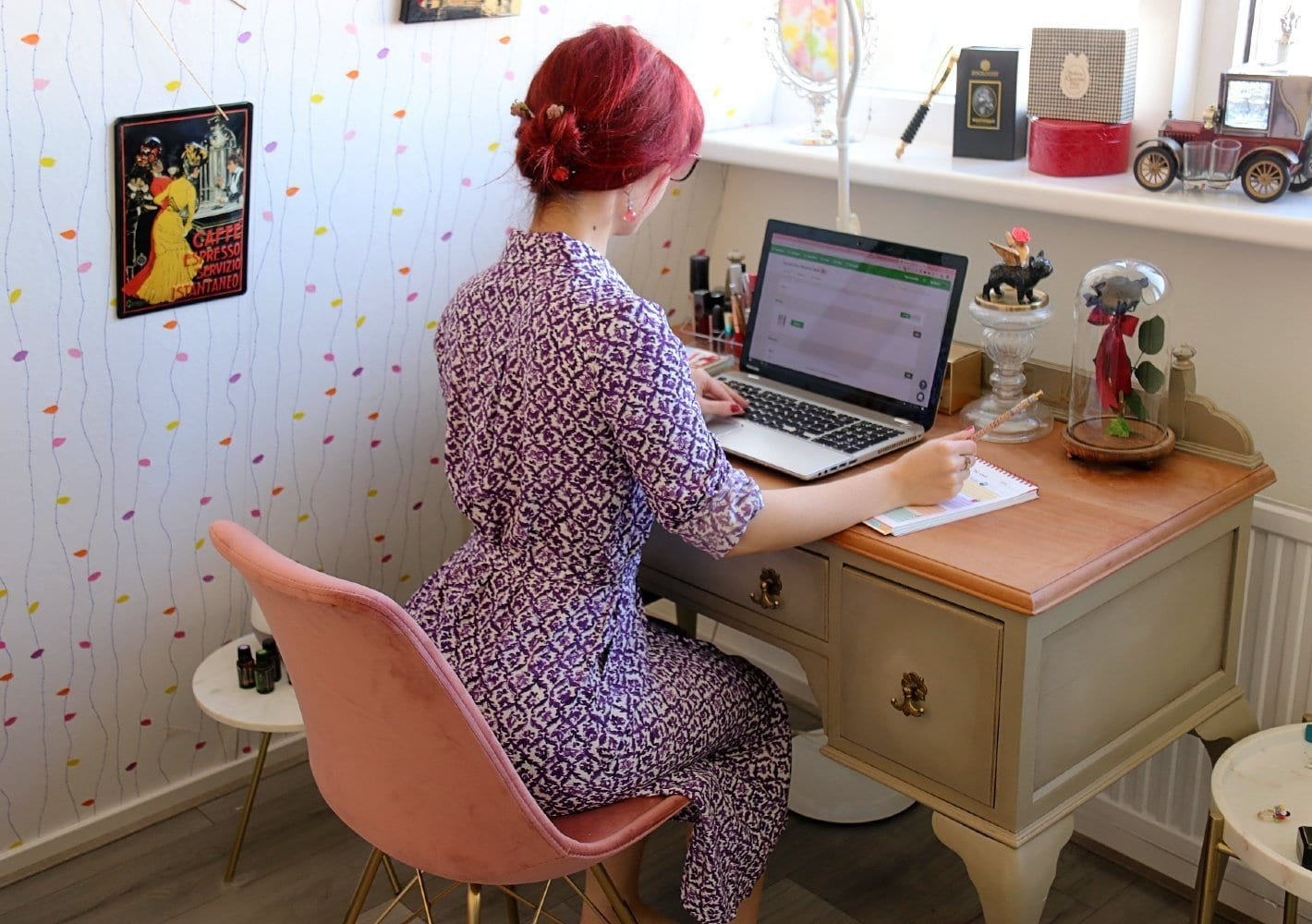 work from home style blogger