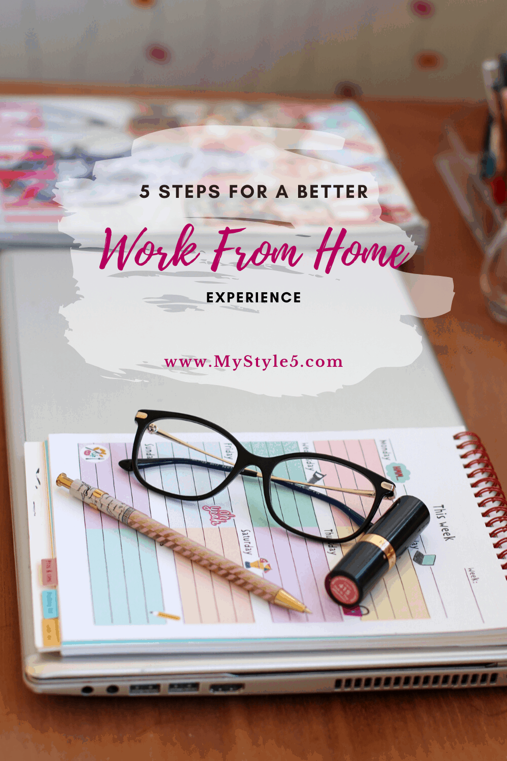 work from home fashion blogger